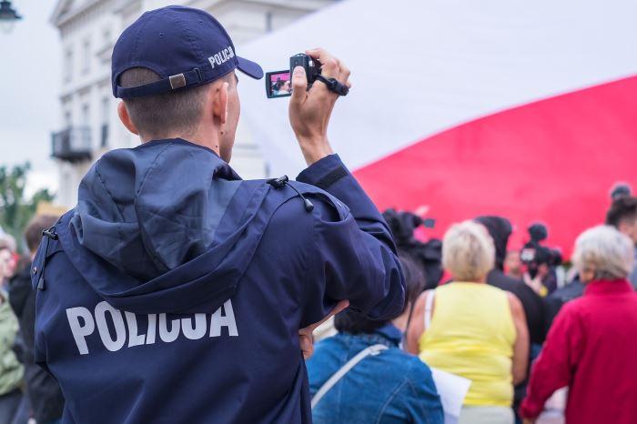 Policja Leszno: Policjanci czuwają nad bezpiecznym zakończeniem wakacji