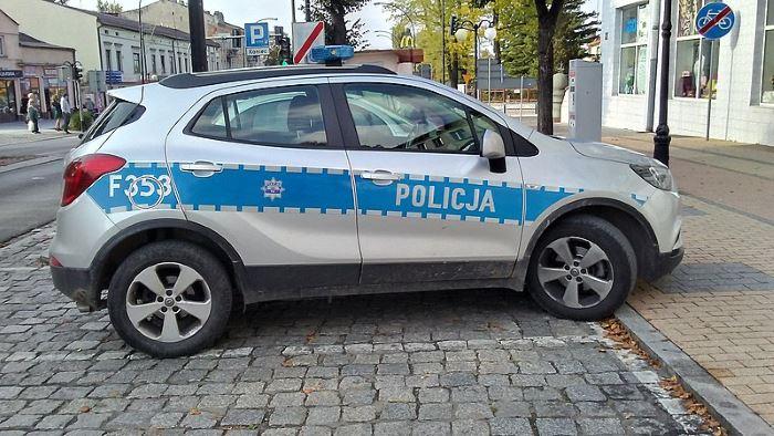 Policja Leszno: 20-latek zatrzymany za publiczne propagowanie faszyzmu i nawoływanie do przemocy